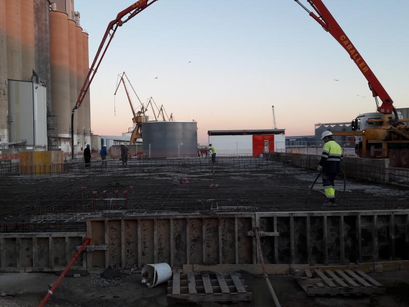 Trabajos en la Autoridad Portuaria de Tarragona